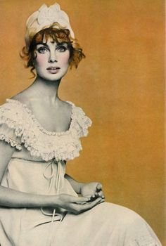 Jean Shrimpton for Vogue US, April 1968. Photo by Richard Avedon