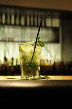 Gaumenfreuden #ritzenhof #bar #cocktail #genuss #erleben #urlaub Hotel Spa, Moscow Mule Mugs, Incense, Cocktail, Bar, Tableware, Vacation, Dinnerware, Tablewares