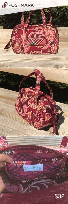 Piccadilly Plum Small handbag - retired print! One external pocket and one internal pocket. Full zippered closure. Adorable mini bag for the essentials! Perfect condition!!! Vera Bradley Accessories Bags