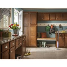 Merveilleux Kitchen Classics Cheyenne 30 In W X H 12 D Finished. Cheyenne Cabinets Lowes  Www Cintronbeveragegroup Com