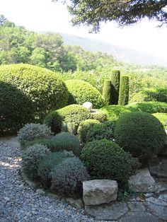 la louve garden | La Louve, the garden of Nicole de Vésian. Photo courtesy Louisa Jones ...