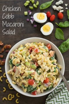 Chicken Cobb Macaroni Salad - Perfect for summer barbecues or graduation parties! Salad Bar, Side Salad, Soup And Salad, Pasta Salad, Side Dish Recipes, Pasta Recipes, Salad Recipes, Cooking Recipes, Summer Recipes