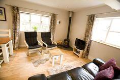 Regardez ce logement incroyable sur Airbnb : Gorgeous cottage in rural W Dorset - Maisons à louer à Waytown