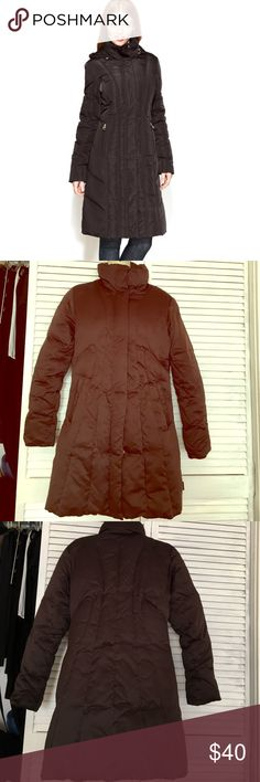 Calvin Klein puffer coat Very lightweight puffer coat by Calvin Klein, machine washable, 3 inside and 2 outside pockets Calvin Klein Jackets & Coats Puffers