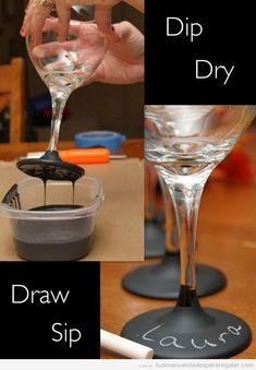 Manualidades regalar, copa cristal con la base de pizarra para poner nombres