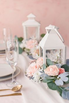 Best selection of artificial flower garlands & floral centerpieces at affordable prices. Perfect alternative floral arrangement to fresh flowers. Shop Lingsmoment for the best floral garland and flower centerpieces for your wedding. Romantic Centerpieces, Wedding Cake Centerpieces, Lantern Centerpieces, Flower Centerpieces, Centerpiece Ideas, Wedding Cakes, Bridal Shower Tables, Bridal Shower Decorations, Bridal Shower Backdrop