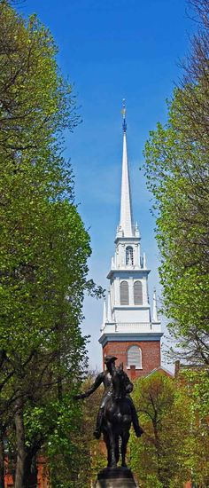 The Old North Church & Paul Revere Statue ~ The Freedom Trail ~ Boston ~ Massachusetts