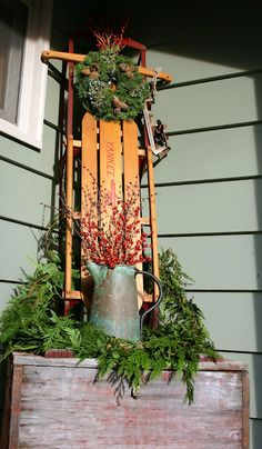 vintage sled christmas porch/like the watering can with berries Christmas Entryway, Christmas Sled, Primitive Christmas, Country Christmas, Outdoor Christmas, All Things Christmas, Winter Christmas, Vintage Christmas, Christmas Holidays