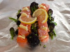 Fuss-free food for children. Oven-baked salmon in butter, lemon and shallots with broccoli.