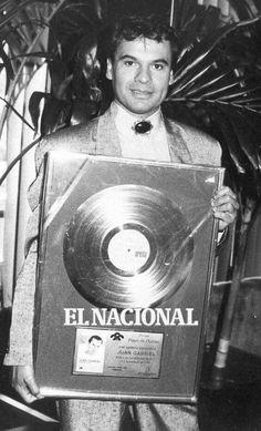 Juan gabriel young red shirt social media event marketing concerts pinterest juan - El divo songs ...
