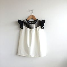 girls cotton dress with stripe detail от swallowsreturn на Etsy