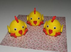 Quilling art. Three Easter baby chicks by QuillingLife on Etsy