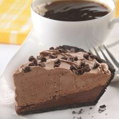 Chocolate Mudslide Frozen Pie is the pefect make-ahead dessert! Chocolate crumb crust is topped with a mixture of sour cream, melted semi-sweet chocolate morse Use gf crust Make Ahead Desserts, Frozen Desserts, Frozen Treats, Just Desserts, Delicious Desserts, Yummy Food, Frozen Pies, Cold Desserts, Yummy Yummy