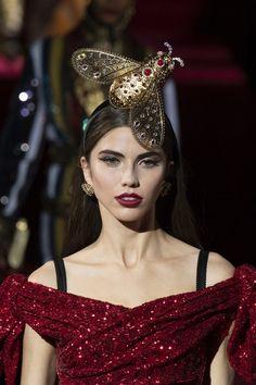 Dolce & Gabbana at Milan Fashion Week Fall 2019 - Details Runway Photos Steampunk Top Hat, Milan Fashion Weeks, Runway, Fall, Photos, Cat Walk, Autumn, Walkway, Pictures