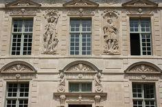 Paris Hotel de Sully91.JPG