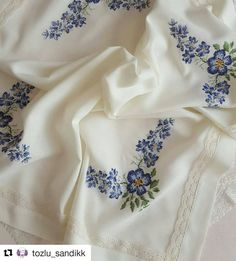 Embroidered Flowers, Table Linens, Blue Flowers, Cross Stitch Patterns, Needlework, Embroidery, Creative, Instagram, Blessings