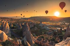The best sights, activities and tours in Cappadocia.