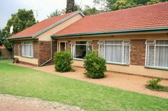 Houses For Sale in Doringkloof. View our selection of apartments, flats, farms, luxury properties and houses for sale in Doringkloof by our knowledgeable Estate Agents. 3 Bedroom House, Home And Family, Shed, Corner, Outdoor Structures, Luxury, Outdoor Decor, Home Decor, Decoration Home