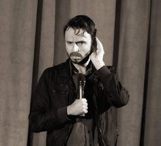 Mein Film Nr. 9 beim Filmfest Hamburg 2013: Deutschland-Premiere von LE DÉMANTÈLEMENT (Kanada 2013, Regie: Sébastien Pilote) in Anwesenheit des Regisseurs (siehe Foto). Schön fotografiert, gut gespielt (Gabriel Arcand als Farmer Gaby) und eine traurig-schöne Geschichte. Ruhig erzählt und ein wenig konventionell geraten (das muss ja nicht immer schlecht sein).  Mehr zum Film gibt es beim Filmfest Hamburg:  http://www.filmfesthamburg.de/de/programm/film/le-d%c3%a9mant%c3%a8lement/10405