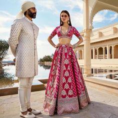 Top 10 Sabyasachi Bridal Lehenga Designs for Brides of 2020 - SetMyWed Indian Bridal Outfits, Indian Bridal Fashion, Indian Bridal Wear, Indian Designer Outfits, Bridal Dresses, Sabyasachi Lehenga Bridal, Indian Bridal Lehenga, Pink Lehenga, Banarasi Lehenga