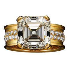 Sacro Vincolo, engagement, engagement ring, diamond ring, bride, bridal, wedding, noiva, عروس, زفاف, novia, sposa, כלה