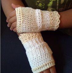 Cream 'n' Sugar Crochet Fingerless Gloves PDF Pattern Girls Teens Ladies sizes Included Wristwarmers Wedding Portraits Pageant Holiday