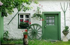 A traditional thatched cottage from beautiful IRELAND, by unknown author. Irish Cottage, Cozy Cottage, Cottage Style, Le Riad, Door Knockers, Doorway, Shades Of Green, Windows And Doors, Country Living
