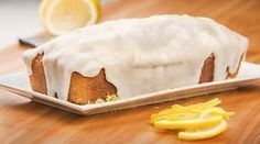 BUDÍN DE LIMÓN DE MARU BOTANA Kitchen Recipes, Gourmet Recipes, Cooking Recipes, Banana French Toast, Types Of Cakes, Pound Cake Recipes, Mini Cheesecakes, Pie Cake, Desert Recipes