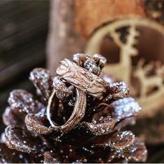 Roségold in Baumstamm Optik. Wedding Rings, Engagement Rings, Chic, Blog, Jewelry, Elderly Crafts, Make Jewelry, Enagement Rings, Shabby Chic