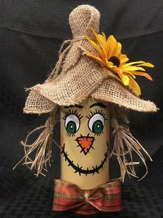 Hand painted scarecrow wine bottles (made by Heather Alexander) perfect decoration for Thanksgiving. Fall Wine Bottles, Halloween Wine Bottles, Wine Bottle Art, Painted Wine Bottles, Scarecrow Crafts, Halloween Crafts, Holiday Crafts, Scarecrows, Imprimibles Halloween