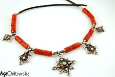 Tuareg necklace, with the Tuareg cross in the centre. Silver, silver filigree, coral. 100% handmade