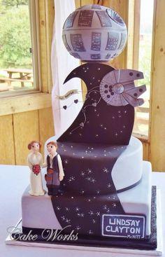 Star Wars Wedding Cake.. Blake would love this... Groom cake?? Hahah