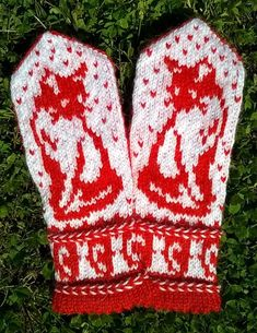 Wall Knitted Mittens Pattern, Crochet Mittens, Knitted Gloves, Knit Crochet, Crochet Hats, Knitting Charts, Knitting Stitches, Knitting Socks, Baby Knitting