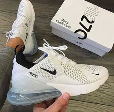 21 Amazing Sports Shoes Puma For Men Sports Shoe Odor Eliminator Source by maddierobertts Shoes Fashion outfits Nike Air Shoes, Nike Tennis Shoes, Sports Shoes, All White Nike Shoes, Nike Air Max White, Cute Nike Shoes, Tennis Gear, Tennis Shoes Outfit, New Nike Shoes