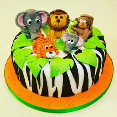 Jungle Animal Class - Saturday 16th June 2018. 2-4pm at the Quaker Meeting Rooms, Hertford. Cost - £30 per person. This includes materials and equipment. Full details and booking is on my website www.caroldeaconcakes.com
