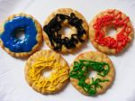 Olympics cooking idea for kids. Olympic rings, a great idea for young children.