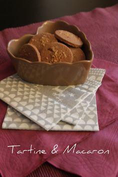 #biscottino #cacao e #cannella? prendiamoci una #pausacaffé su Tartine & Macaron http://blog.giallozafferano.it/tartineetmacaron/biscotti-cacao-e-cannella-dolcezze-dautunno/