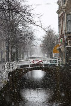 Winter Day in Oude Delft ~ Delft, Zuid-Holland.
