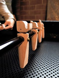 Eggpicnic - ARENA CALCETTO Wooden Crafts, Wooden Diy, Arcade Room, Table Football, Natural Home Decor, Woodworking Projects Diy, Entertainment Room, Wooden Doors, Wood Design