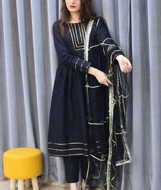 Party Wear Indian Dresses, Pakistani Fashion Party Wear, Designer Party Wear Dresses, Indian Fashion Dresses, Kurti Designs Party Wear, Dress Indian Style, Indian Designer Outfits, Beautiful Pakistani Dresses, Pakistani Dresses Casual