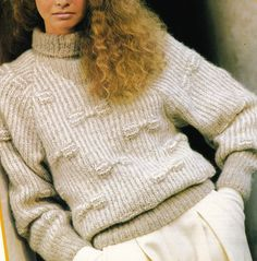 Vintage Knitting Pattern Instructions to Make a Ladies Jumper in Chunky Wool