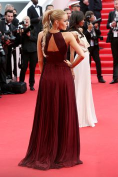 Blake Lively Photos - 'Grace of Monaco' Premieres at Cannes - Zimbio