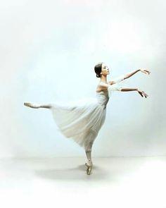 <<Juliet Burnett (The Australian Ballet)>>
