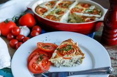 lök och tomatpaj Bruschetta, Food Inspiration, Vegetables, Ethnic Recipes, Pizza, Vegetable Recipes, Veggies