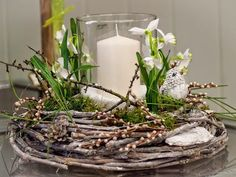Artificial flowers light in winter wreath decoration . Deco Floral, Arte Floral, Hand Embroidery Flower Designs, Diy Crafts To Do, Easter Table, Spring Crafts, Easter Crafts, Artificial Flowers, Spring Flowers