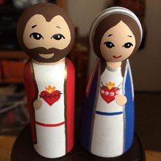 My newest set! The Sacred Heart and the Immaculate Heart! ❤️ It'll take a few days to post on my Etsy, but I really wanted to share… Catholic Crafts, Catholic Kids, Catholic Saints, Jesus E Maria, Religious Art, Religious Education, Christ The King, Arts And Crafts, Diy Crafts