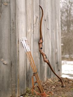 Bow and arrows. Sid's weapon of choice.