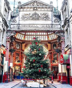 Leadenhall Market at its most beautiful! Christmas trees, Christmas lights and festive decorations are seen all London Christmas, Christmas Travel, Christmas Art, Christmas Photos, Christmas Lights, Xmas, England Christmas, London Winter, Christmas Markets