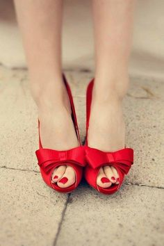 Ruby red toes & bows :)