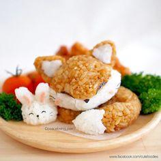 Kawaii Sleeping Fox & Rabbit Rice Balls that's Lovely. Bento Kawaii, Weight Watcher Desserts, Japanese Food Art, Japanese Candy, Bento Recipes, Bento Ideas, Rice Balls, Food Humor, Aesthetic Food